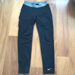 Youth large black Nike leggings